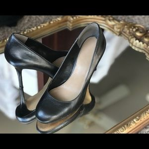 Via Spiga Navy Leather Pumps size 6